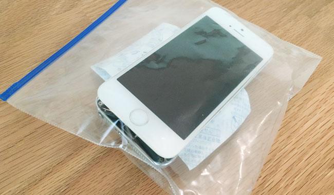【復活済み】水没したiPhoneを復活させる